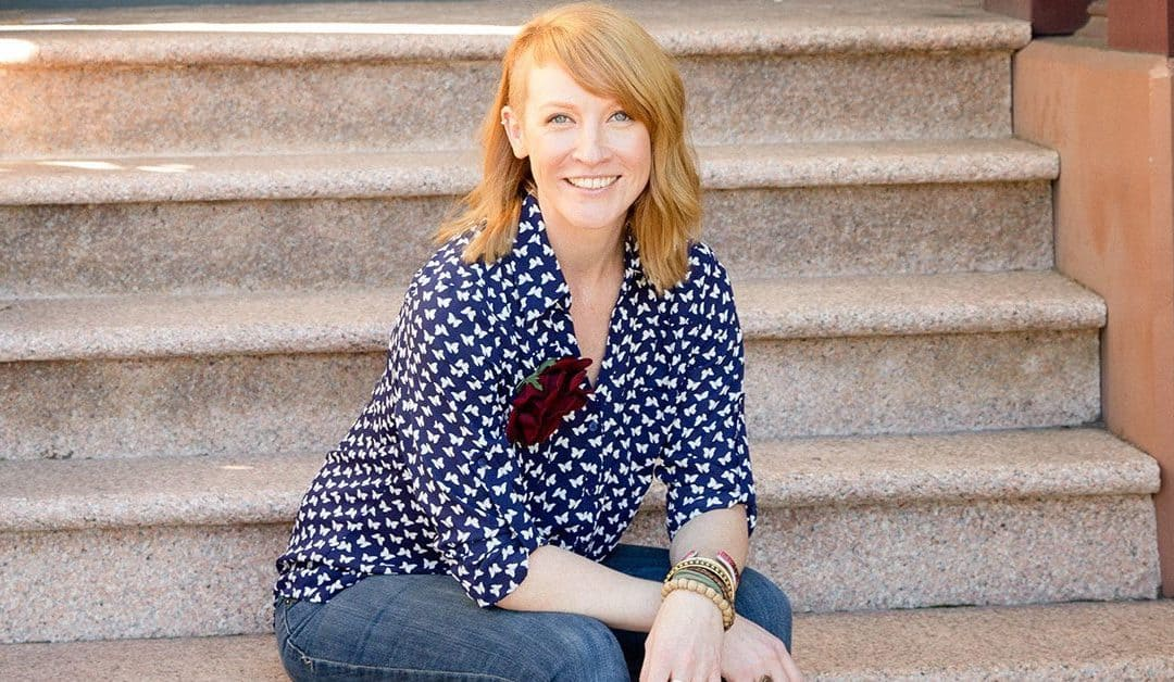 Belinda Weaver: How To Go From A 'Paid-By-The-Hour' Freelance Copywriter To Making Money While You Sleep Selling Information Products